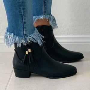 NIB Black Dangling Tassel Ankle Chic Booties